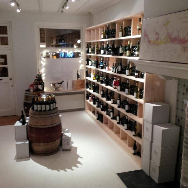 Inrichting wijnwinkel bart hoeve - Inrichting van een lounge in lengte ...
